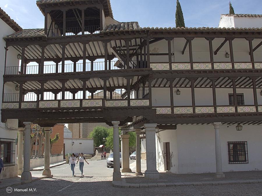 Detalle de la Plaza de Tembleque - Ruta de los Pueblos con Encanto