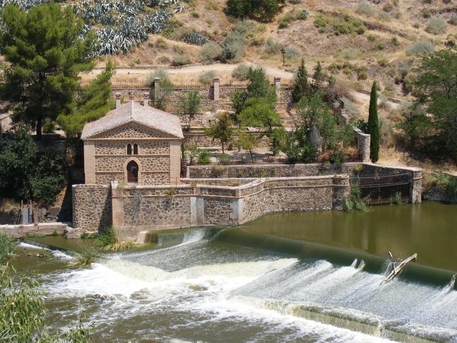 Central de Santa Ana, en la Senda Ecológica de Toledo